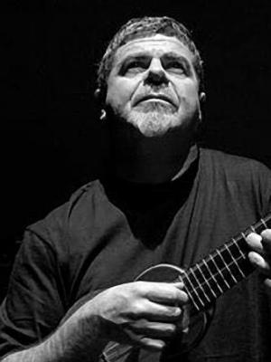 دانلود آلبوم ها و آهنگ های Gustavo Santaolalla (گوستاوو سانتائولایا)
