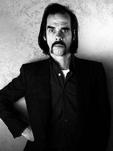 دانلود آلبوم ها و آهنگ های Nick Cave (نیک کیو)