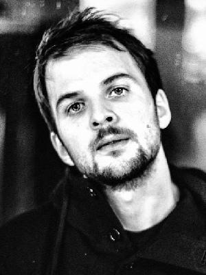 دانلود آلبوم ها و آهنگ های Nils Frahm (نیلس فرام)