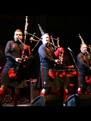 آثار رد هات چیلی پایپرز - Red Hot Chilli Pipers
